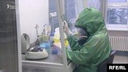 У лікарні в Москві, куди шпиталізують хворих із підозрою на COVID-19