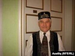 Татар иҗтимагый үзәге җитәкчесе Фнүн Мирзаянов