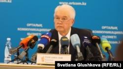 Қазақстан Орталық сайлау комиссиясының төрағасы Қуандық Тұрғанқұлов. Астана, 26 ақпан 2015 жыл.