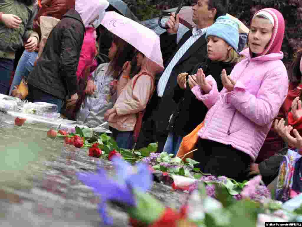 Spomen obilježje ubijenoj djeci opkoljenog Sarajeva 1992.-1995., 09.05.2011. Foto: RSE / Midhat Poturović