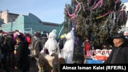 Новогодняя суета на местных рынках