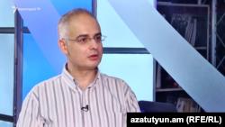 Заместитель председателя оппозиционной партии «Армянский национальный конгресс» Левон Зурабян беседует с Радио Азатутюн, Ереван, 5 июля 2017 г.