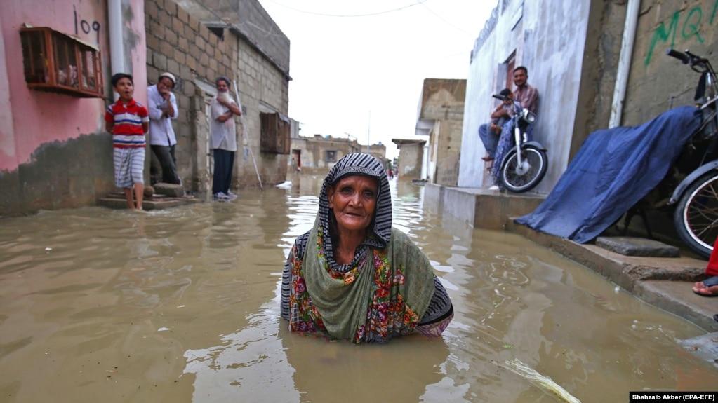 Amid Floods, Pakistan's Khan Vows To End Karachi 'Neglect'
