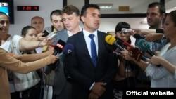 """Архивска фотографија - Претседателот на СДСМ, Зоран Заев на рочиштето кое против него го водеше премиерот Никола Груевски за случајот """"Македонска банка""""."""