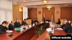 Сергей Аксенов на заседании комиссии Совета министров Крыма