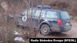 Vozilo Kosovske policije blizu mesta zločina