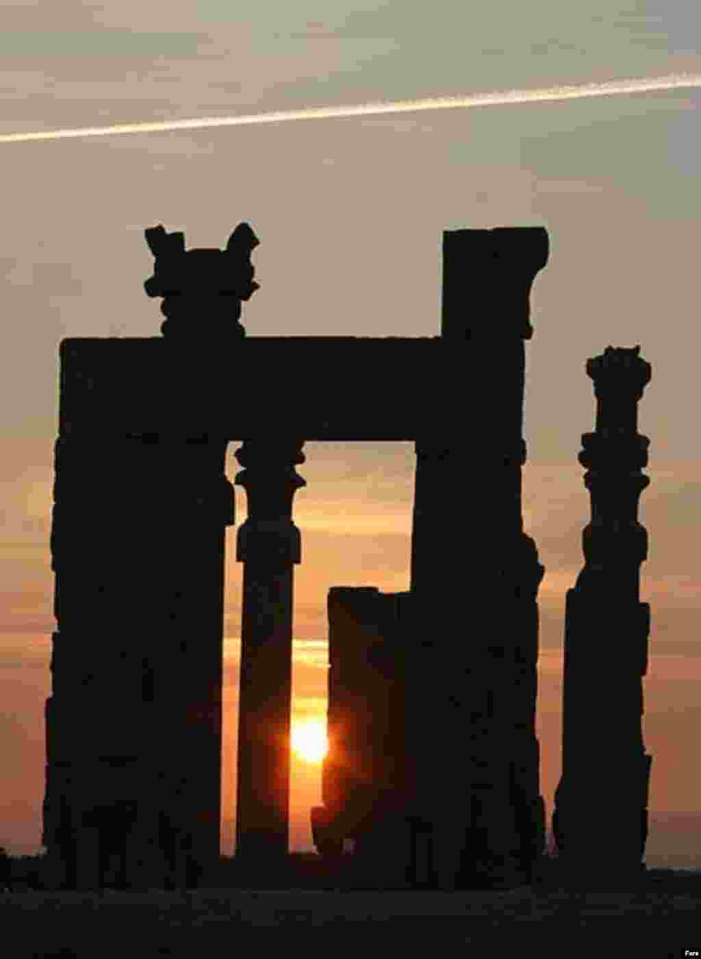 Persepolis at sunset (Fars) - Others are reclaiming their identity from Westerners, whose perceptions -- and stereotypes -- were shaped by the ancient Greeks' depiction of the Persians as indolent despots. Instead, they argue, the Persians had a prosperous civilization and an effective empire.
