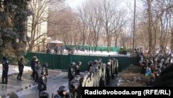 Тітушки на території ОДА в Дніпропетровську, 26 січня 2014