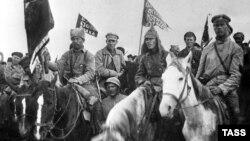Більшовицька кіннота на шляху до битви під Варшавою у 1920 році