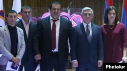 Armenia - President Serzh Sarkisian and Gagik Tsarukian attend an awards ceremony organized by the Armenian National Olympic Committee just outside Yerevan, 27Dec2016.