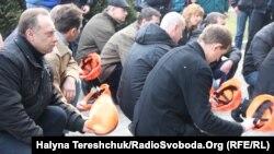 Мітинг шахтарів під Господарським судом, Львів, 9 березня 2017 ркоу