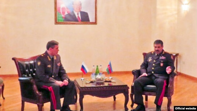 Azerbaijan/Russia - Valery Gerasimov (L), Chief of the General Staff of the Armed Forces of Russia, and Zakir Hasanov, Azerbaijan's Minister of Defense, meet in Baku,07Apr,2014