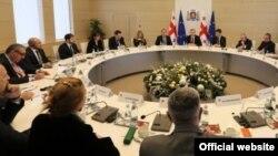 Разговоры о реформе налоговой системы ведутся в Грузии с 2011 года, однако ни одно правительство не решилось их осуществить