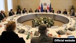 Премьер-министр Грузии, по всей видимости, приступил к процессу, который он анонсировал в конце прошлого года. Он не исключил, что в ближайшие месяцы осуществит определенные изменения в составе кабинета министров
