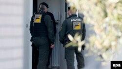 Немецкая полиция пришла арестовать подозреваемого в дортмундском теракте