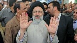 انتصاب ابراهیم رئیسی به ریاست قوه قضائیه ممکن است به وی در رقابت برای رهبری آینده جمهوری اسلامی دست بالاتر بدهد.