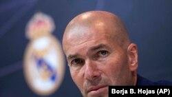 """Зайниддин Зидан, сармураббии дастаи """"Реал""""-Мадрид."""