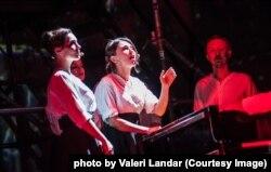 Опера «Йов» (IYOV), співають артисти формації NOVA OPERA