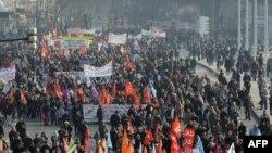 Fransada işsizlik 8 faizdir, bu da son iki ildə ən yüksək göstəricidir