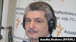 Azerbaijan -- Chingiz Sultansoy in RFE/RL's Baku studio, 02Feb2011