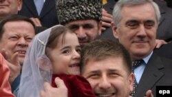 «Кругу» чеченские дети нужны не для трогательных фотографий