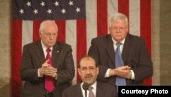 اعضاء کميته دو حزبی دمکراتها و جمهوریخواهان روز چهارشنبه در خصوص کاهش بحران در عراق، با يکديگر به توافق رسيده اند.