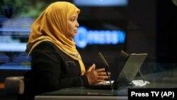 Тегерандагы Press TV телеканалынын алып баруучусу Марзие Хашеми. Сүрөт качан тартылганы белгисиз.