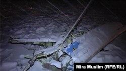 Детали разбившегося в Южно-Казахстанской области самолета Ан-72. 25 декабря 2012 года.