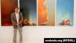 УНацыянальным цэнтры сучаснага мастацтва — выстава жывапісу пад назвай «Шчасьце». Рыгор Несьцераў побач сасваімі карцінамі «Нактурн», «Інь-Янь», «Блізьняты» і«Чалавек убязважкасьці».