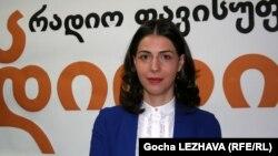 Eka Azarashvili, zëdhënëse e Komisionit Qendror të Zgjedhjeve në Gjeorgji.