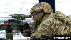 Военнослужащий СБУ на тренировке (архив)