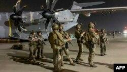 Кабул аэропортундагы француз аскерлери, 17-август 2021-жыл.