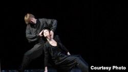 Сцена из балета Джона Ноймайера «Чайка»