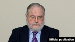 Бывший французский сопредседатель Минской группы ОБСЕ Жак Фор (архив)