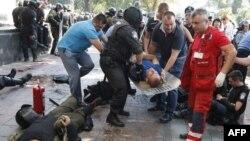 На месте столкновений у парламента Украины. Киев, 31 августа 2015 года.
