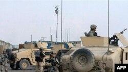 استاندار هلمند به سربازان بریتانیایی را ناتوان از بازگرداندن امنیت به این استان دانسته است.