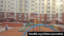 Новый жилой массив в Сергелийском районе города Ташкента был построен по поручению президента Шавката Мирзияева.