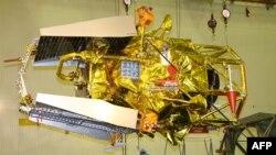 Руското летало Фобос-Грунт не успеа да ја заврши мисијата, да стигне до месечината на Марс, Фобос, и да донесе примероци од почвата. Се очекува деловите од леталото деновиве да се урнат на земјата.