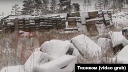 Сотни ящиков с ядовитым средством для дезинфекции под Улан-Удэ