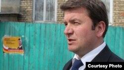 Формальная причина вынесения вотума недоверия министру иностранных дел Южной Осетии Давиду Санакоеву у многих в республике, мягко говоря, вызывает недоумение. Фото: ria.ru