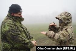 По словам инструктора, понять, способен ли человек стать снайпером, можно уже на первом занятии