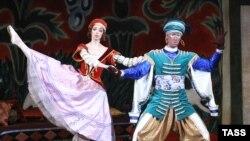 "Фрагмент из балета ""Петрушка"", Большой театр, балетмейстер Сергей Вихарев"
