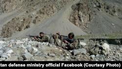 آرشیف، نیروهای افغان در حال اجرای عملیات نظامی