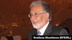 ډاکتر زلمی رسول، د افغانستان د بهرنیو چارو وزیر
