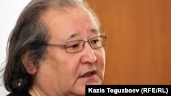 Болат Атабаев, оппозиционный политик. Алматы, 16 апреля 2012 года.