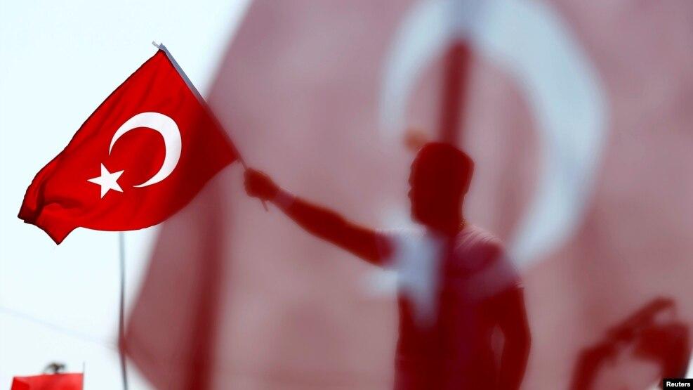 Türkiyədə azərbaycanlıların biznesi geriləyib