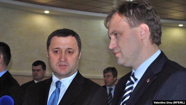 Premierul Vlad Filat cu Evgeni Șevciuk la convorbirile de la Tiraspol
