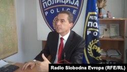 Љупчо Тодоровски, директор на Дирекцијата за јавна безбедност на прес-конференција во Охрид.