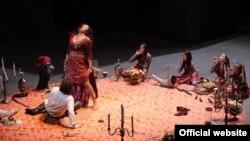 """ანიტა რაჭველიშვილი (კარმენი) და იონას კაუფმანი (ხოზე) """"ლა სკალას"""" სცენაზე"""
