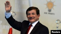 Թուրքիայի վարչապետ Ահմեդ Դավութօղլու, արխիվ